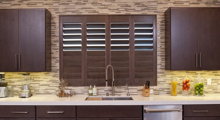 Miami cafe kitchen shutters