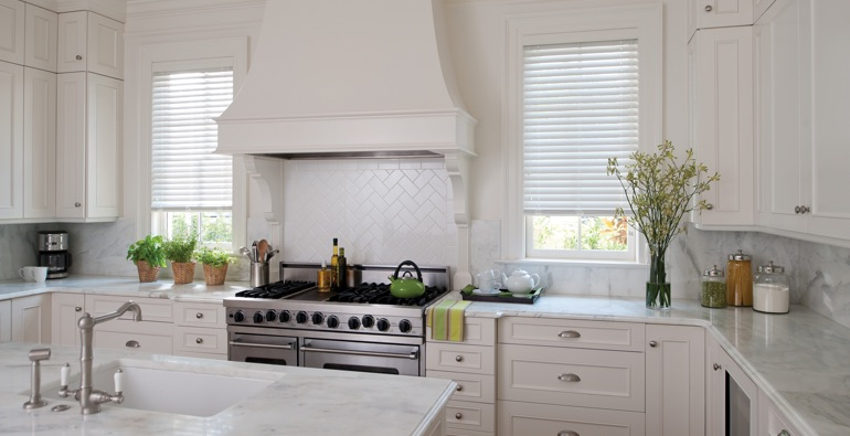 Miami white faux wood blinds