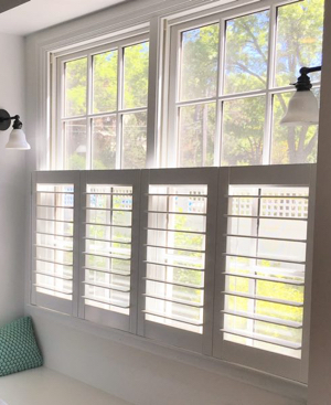 Miami faux wood cafe shutters