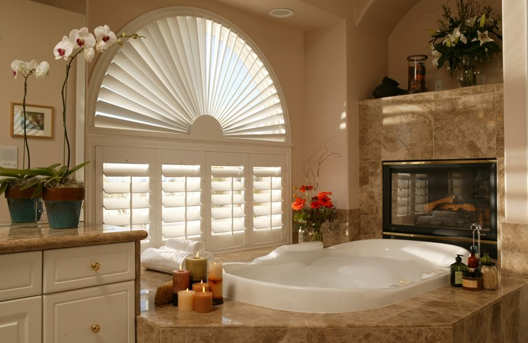 Sunray shutters in a Miami bathroom.